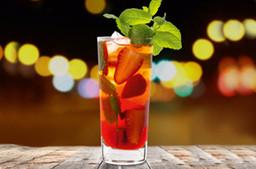 Cold brew powered Strawberry Mojito Beerig-süß mit einem Hauch von Minze